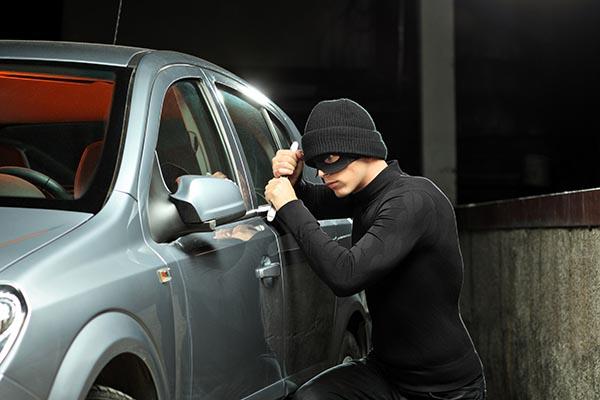 seguridad, prevención, parqueaderos, consejos, tips, protección, robos en parqueaderos